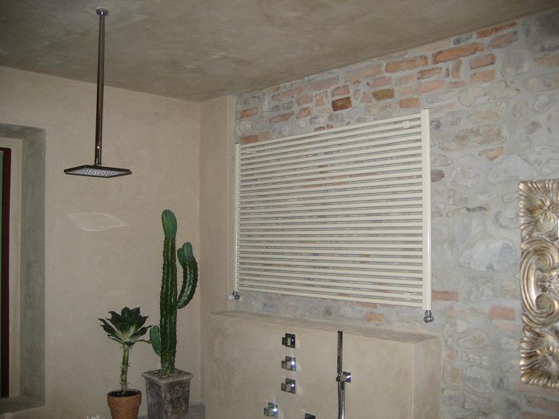 Lavori eseguiti - Soffione doccia a soffitto ...